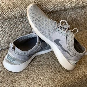 """Worn With Love"" NIKE Gray Sneakers, Size 8!"